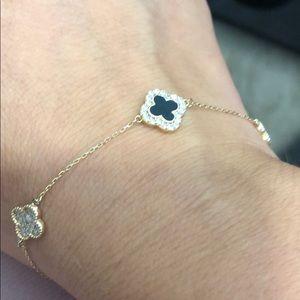 Jewelry - 14k gold Look like van cheef